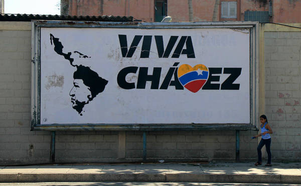 Photograph - Chavez Havana by Andrew Fare