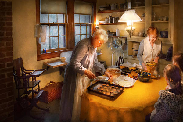 Photograph - Chef - Kitchen - Coming Home For The Holidays by Mike Savad