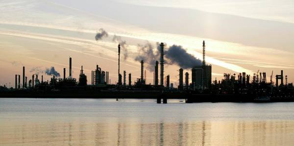 Sun Set Photograph - Chemical Plant by Christophe Vander Eecken/reporters/science Photo Library