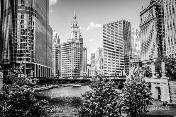 Wall Art - Photograph - Chicago At Wabash Bridge Black And White Picture by Paul Velgos