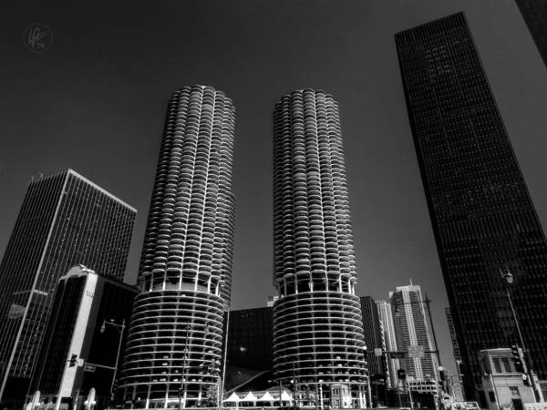 Bertrand Photograph - Chicago - Marina City 001 by Lance Vaughn