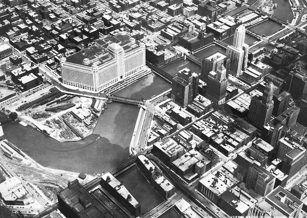 1920s Photograph - Chicago Merchandise Mart by Underwood Archives