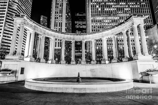 Chicago Black White Wall Art - Photograph - Chicago Millennium Monument Black And White Picture by Paul Velgos