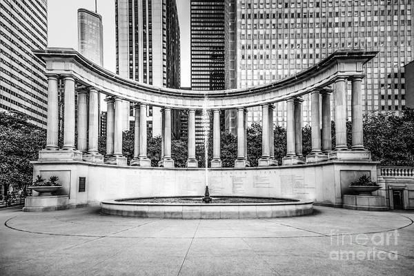 Millenium Photograph - Chicago Millennium Monument In Black And White by Paul Velgos