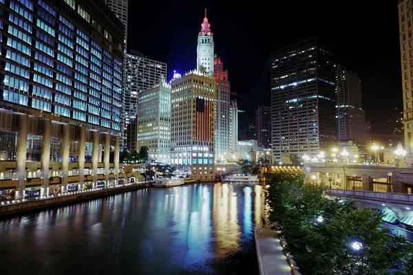 Chicago Tribune Wall Art - Photograph - Chicago River, Fourth Of July Weekend by Peter Stasiewicz