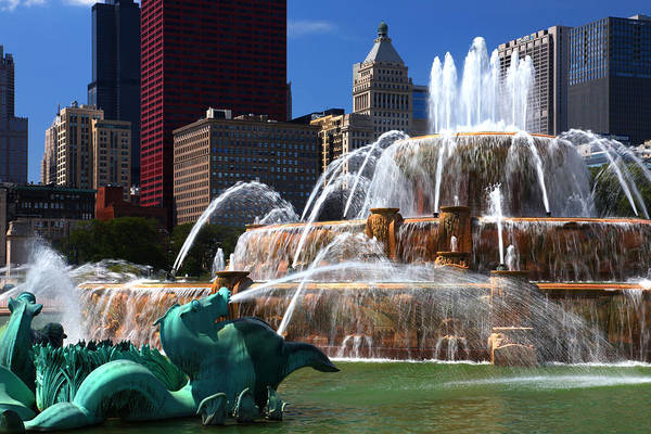 Photograph - Chicago Skyline Grant Park Fountain by Patrick Malon