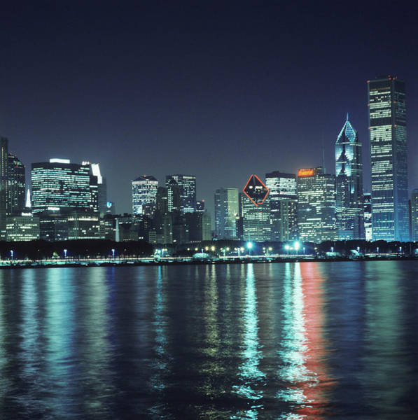 Financial Centre Photograph - Chicago Skyline by Mark Thomas/science Photo Library