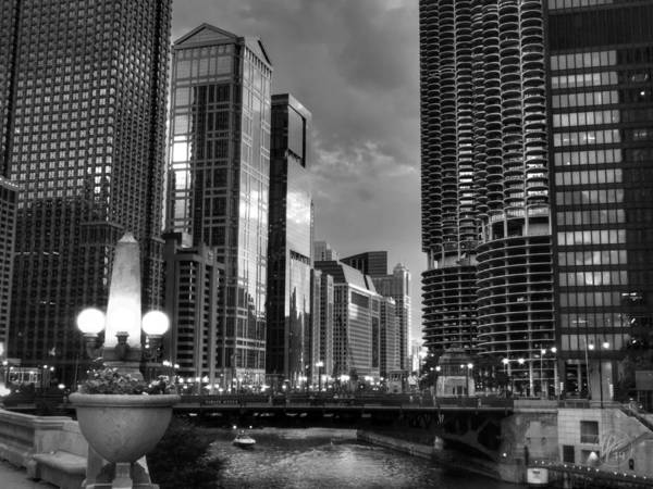 Photograph - Chicago - The Riverwalk 001 by Lance Vaughn