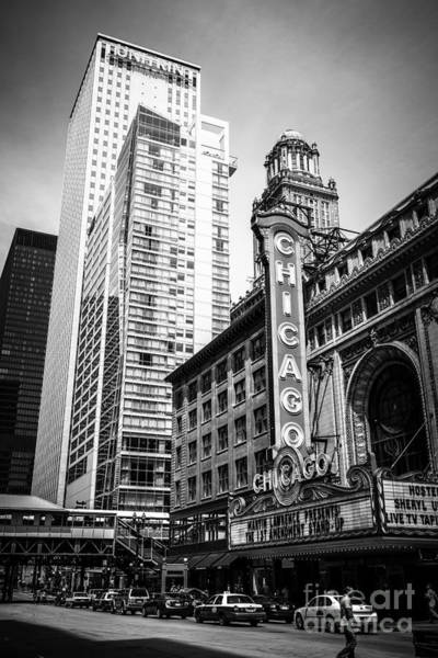 Sears Tower Photograph - Chicago Theatre Black And White Picture by Paul Velgos