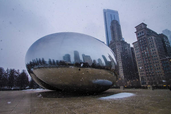 Photograph - Chicago's Cloudgate While Its Snowing by Sven Brogren