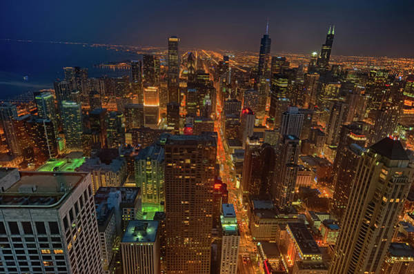 Chicagos Magnificent Mile Art Print by By Ken Ilio