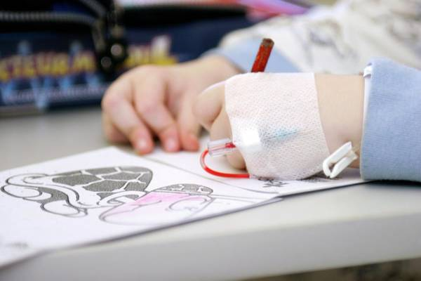 Pencil Drawing Photograph - Child Patient Drawing by Claire Deprez/reporters/science Photo Library