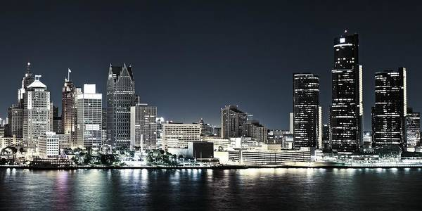 Wall Art - Photograph - Chilled Detroit Skyline  by Levin Rodriguez