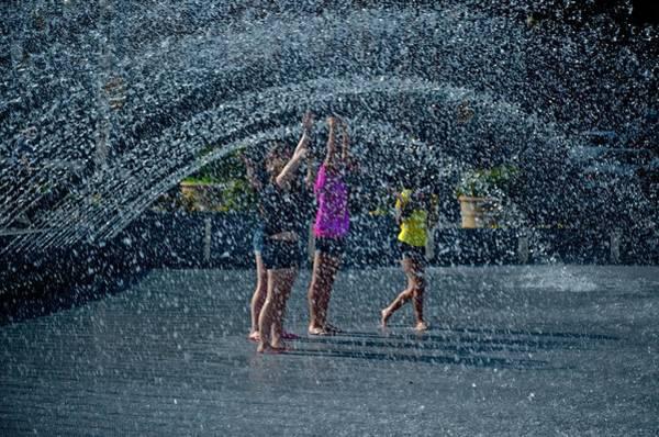 Photograph - Chilling Out In Georgetown by Ricardo J Ruiz de Porras