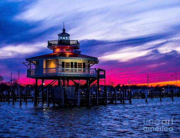 Photograph - Choptank River Lighthouse At Dusk by Nick Zelinsky