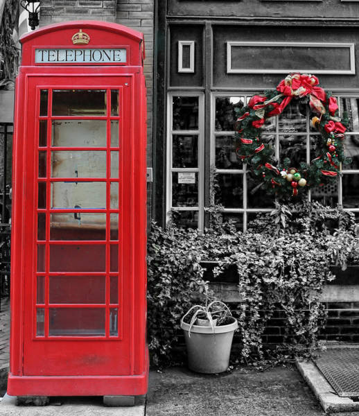Wall Art - Photograph - Christmas - The Red Telephone Box And Christmas Wreath IIi by Lee Dos Santos