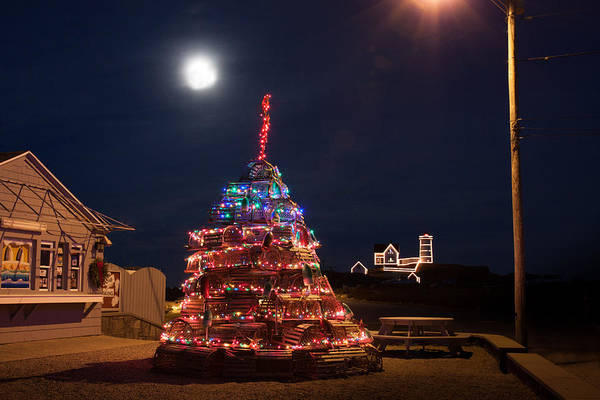 Photograph - Christmas At Maines Nubble Lighthouse by Jeff Folger