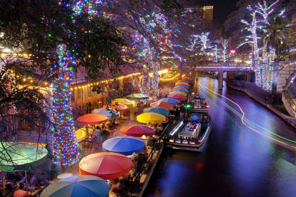 River Walk Photograph - Christmas On The Riverwalk by Paul Huchton