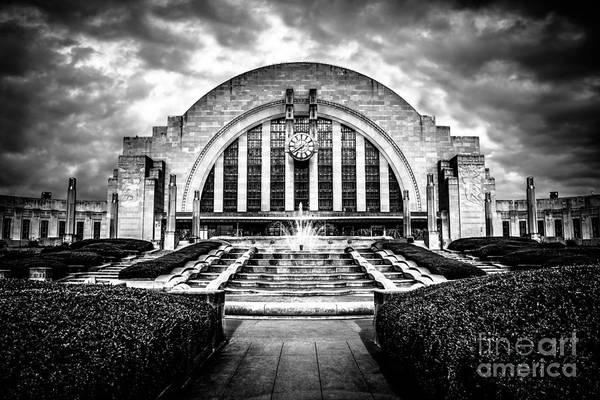 Art Center Photograph - Cincinnati Museum Center Black And White Picture by Paul Velgos