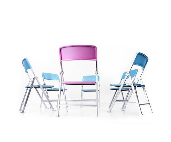 Mediation Photograph - Circle Of Blue Chairs With One Pink Chair by Cordelia Molloy/science Photo Library