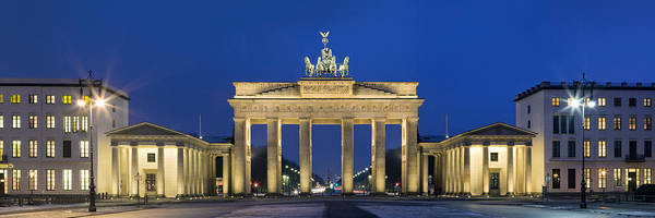 Brandenburg Gate Photograph - City Gate Lit Up At Night, Brandenburg by Panoramic Images