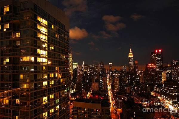 Wall Art - Photograph - City Living by Andrew Paranavitana