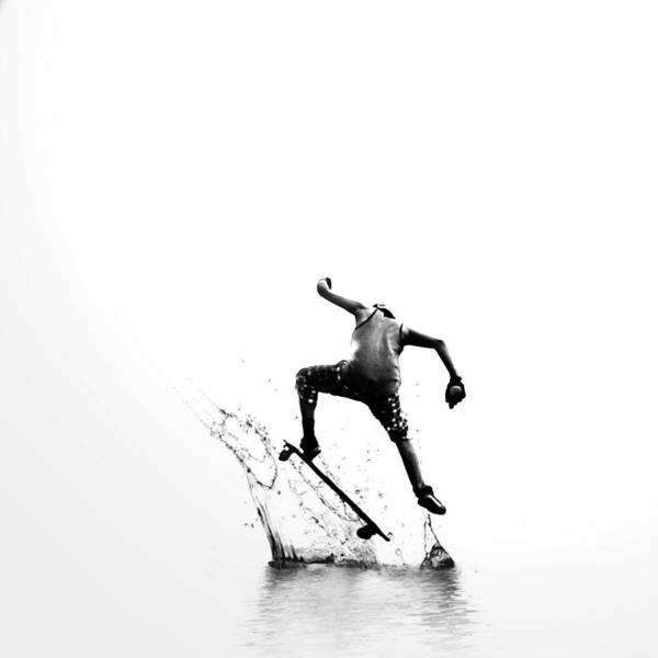 City Surfer Art Print
