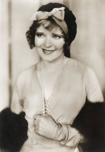 Photograph - Clara Bow, American Actress by Photo Researchers