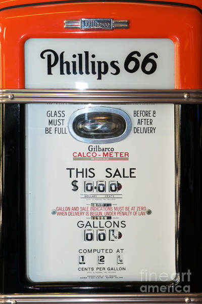 Photograph - Classic Vintage Gilbarco Phillips 66 Gas Pump Dsc02746 by Wingsdomain Art and Photography