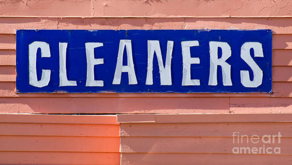 Photograph - Cleaners Sign by Les Palenik