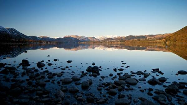 Pooley Bridge Wall Art - Photograph - Clear Morning On Ullswater by Stephen Taylor