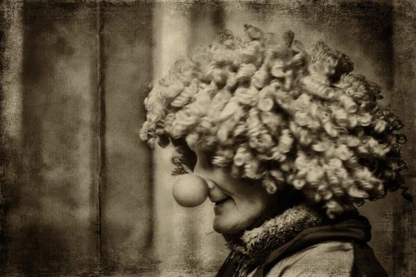 Photograph - Clown by Roberto Pagani