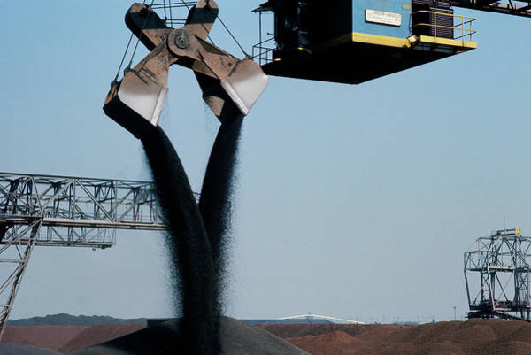 Fossil Fuel Photograph - Coal Shipment by Ton Kinsbergen/science Photo Library