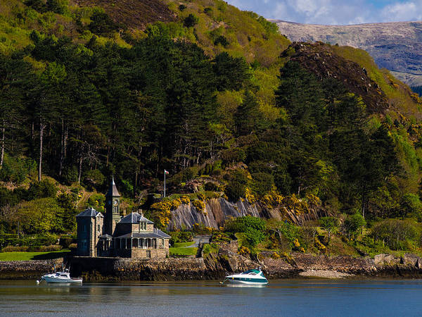 Barmouth Photograph - Coesfaen Lodge Barmouth by Mark Llewellyn