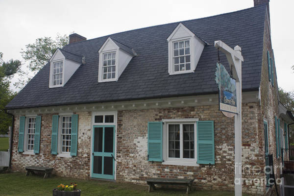 Historic Triangle Photograph - Cole Diggs House Yorktown by Teresa Mucha