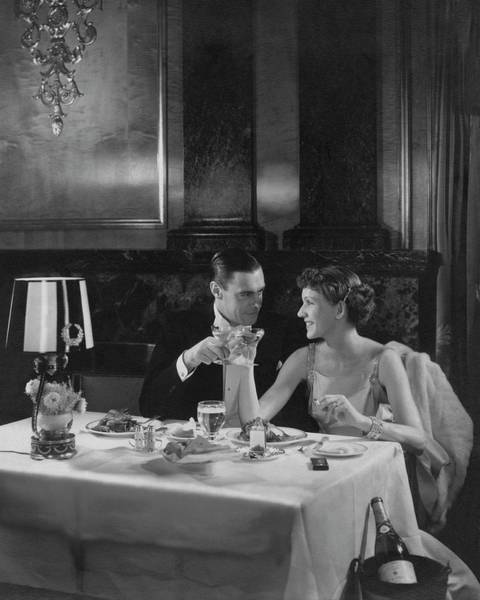 Two People Photograph - Colin Clive And Rose Hobart At Waldorf by Edward Steichen