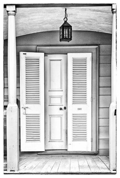 Photograph - Colonial Home Entrance by Gary Slawsky