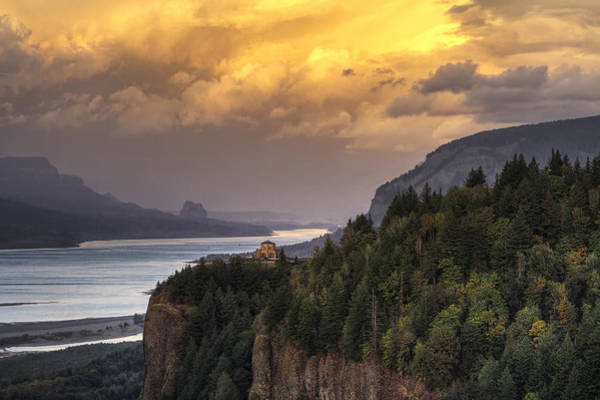 Promontory Point Photograph - Columbia River Gorge Vista by Mark Kiver