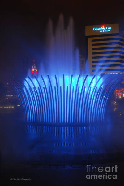 D101l-122 Scioto Mile Fountain Photo Art Print