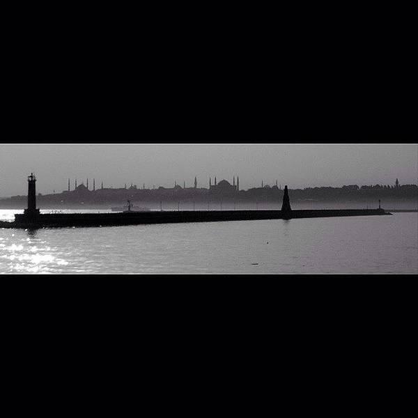 Run Photograph - #comeseeturkey #istanbul #boğaz by Ozan Goren