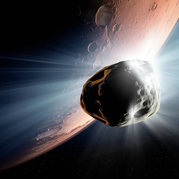 Astrophysics Wall Art - Photograph - Comet Heading For Mars by Detlev Van Ravenswaay