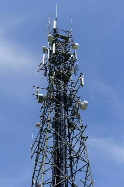 Broadcast Photograph - Communications Tower by Dr Jeremy Burgess/science Photo Library