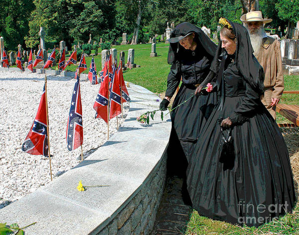 Photograph - Confederate Memorial Day Flowers by Larry Oskin