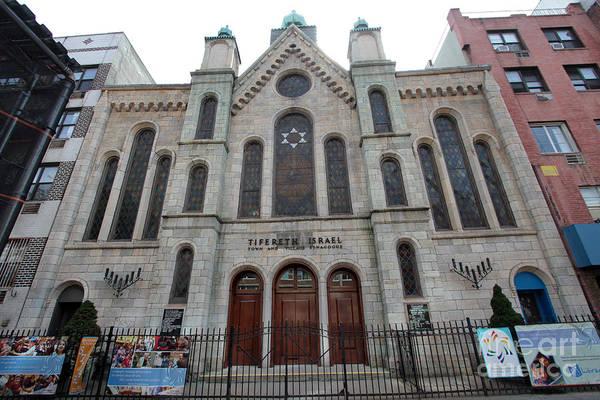 Photograph - Congregation Tifereth Israel by Steven Spak