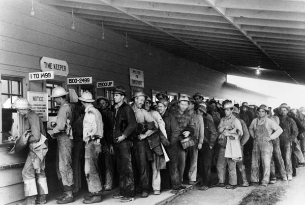 Photograph - Construction Workers, 1940 by Granger