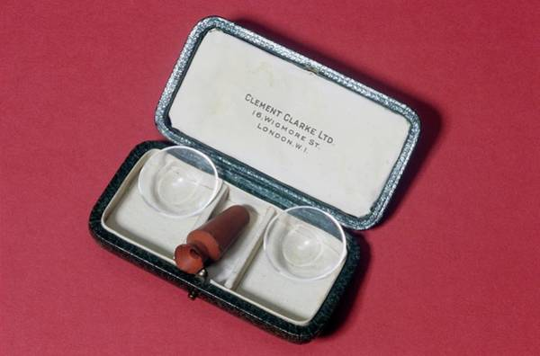 Lenses Photograph - Contact Lenses by Science Photo Library