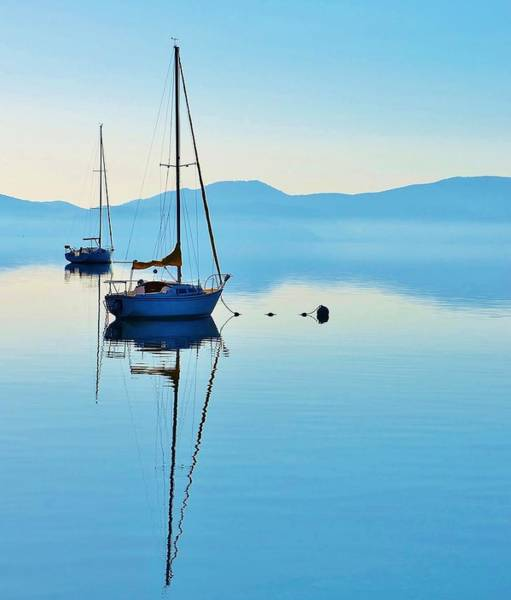 Photograph - Cool Blue Tahoe Sail by Marilyn MacCrakin