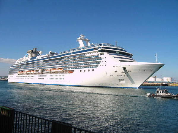 Princess Cruise Lines Photograph - Coral Princess by Shoal Hollingsworth