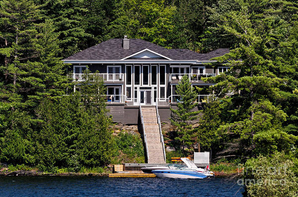 Photograph - Cottage With Stairs To The Lake by Les Palenik