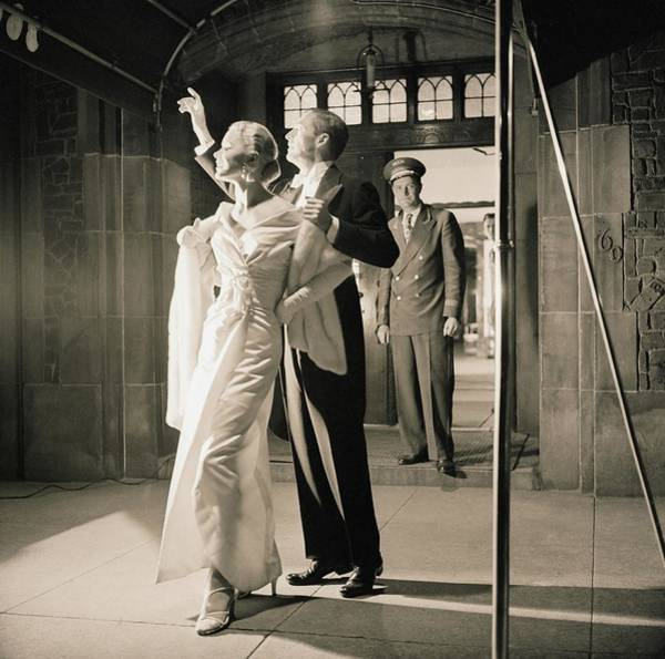 Photograph - Couple Wearing Evening Wear by Horst P. Horst